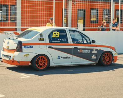 exelixis-racecar-peugeot-engine